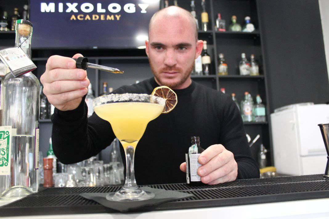 Quanto costa un corso da barman